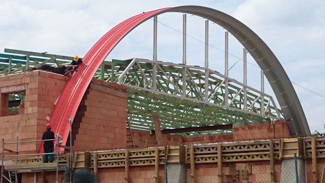 Arched hall construction