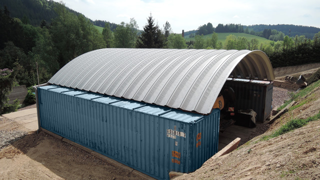 Arched sheds and roofs including lockable spaces